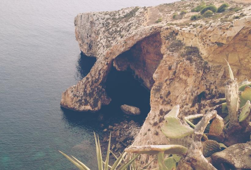 Malta_Cave