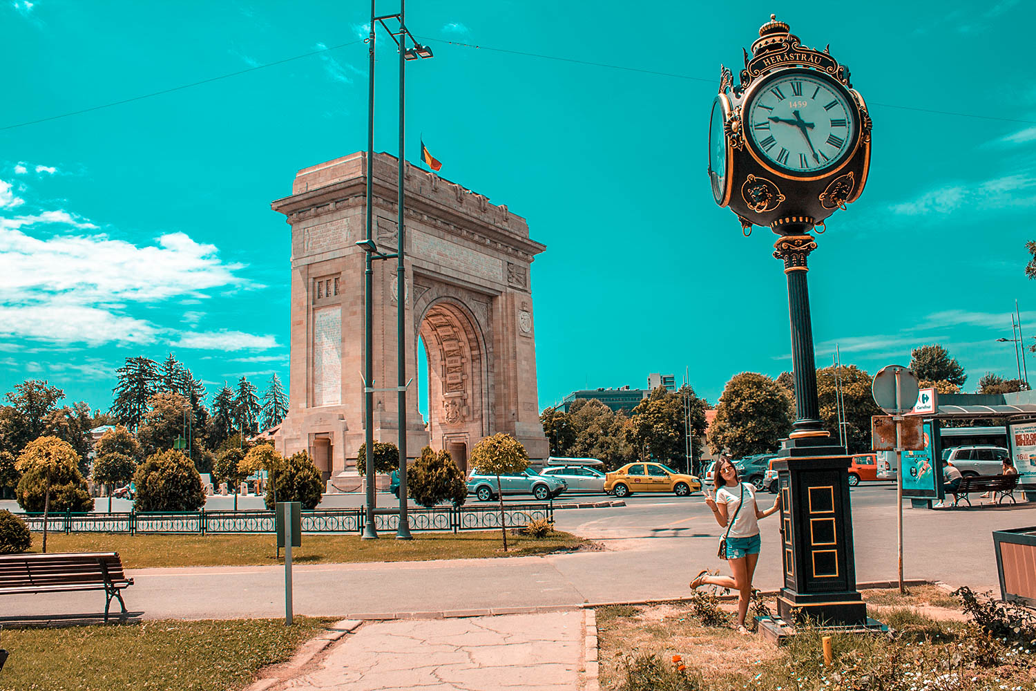 Arc-de-Triomf-Bucharest-me