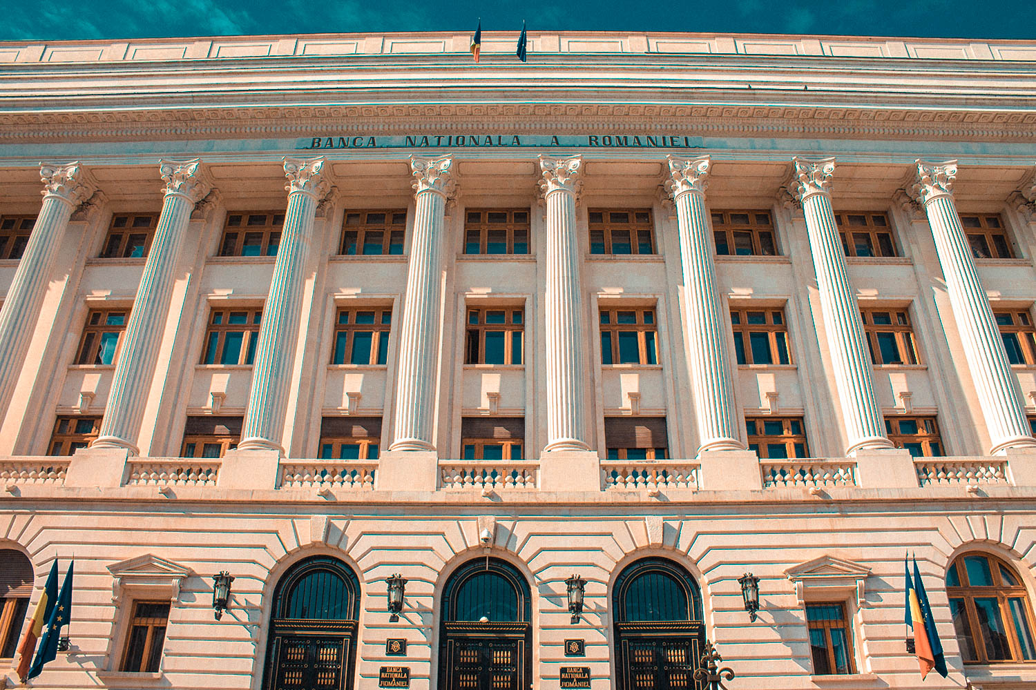 Bucharest-International-Bank-3