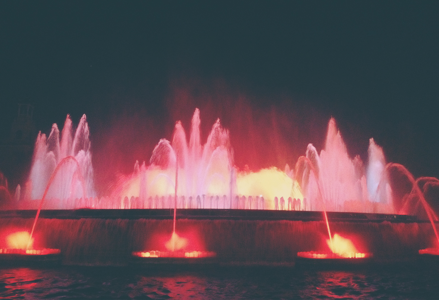 Magical Fountain Barcelona (1)