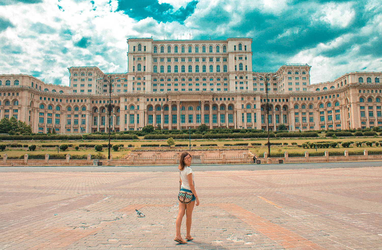 Parlament-Bucharest-me-3