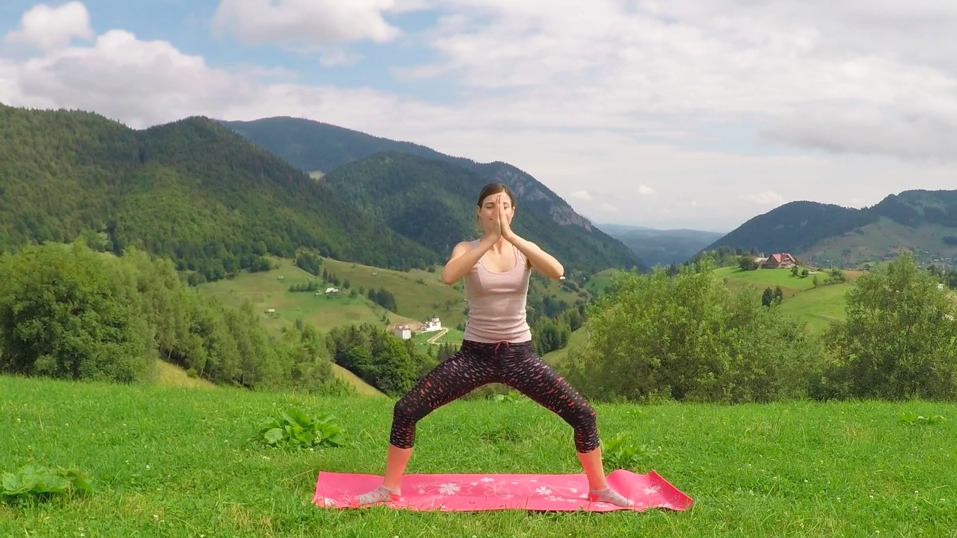 Morning Yoga ♥ Energizing Yoga Flow | Pestera ♥