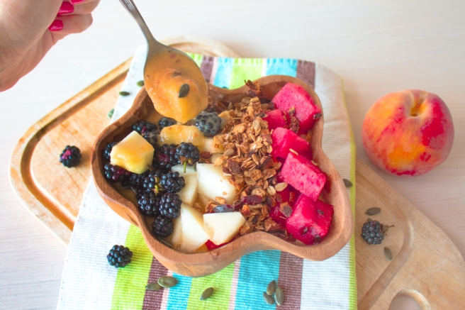 Peach-smoothie-bowl-recipe