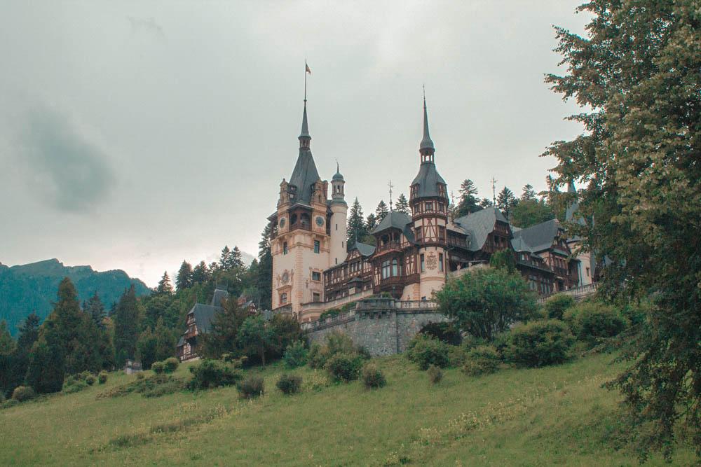 Peles-Castle-Sinaia (8)
