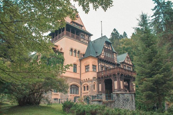 Pelisor-Castle-Sinaia (7)
