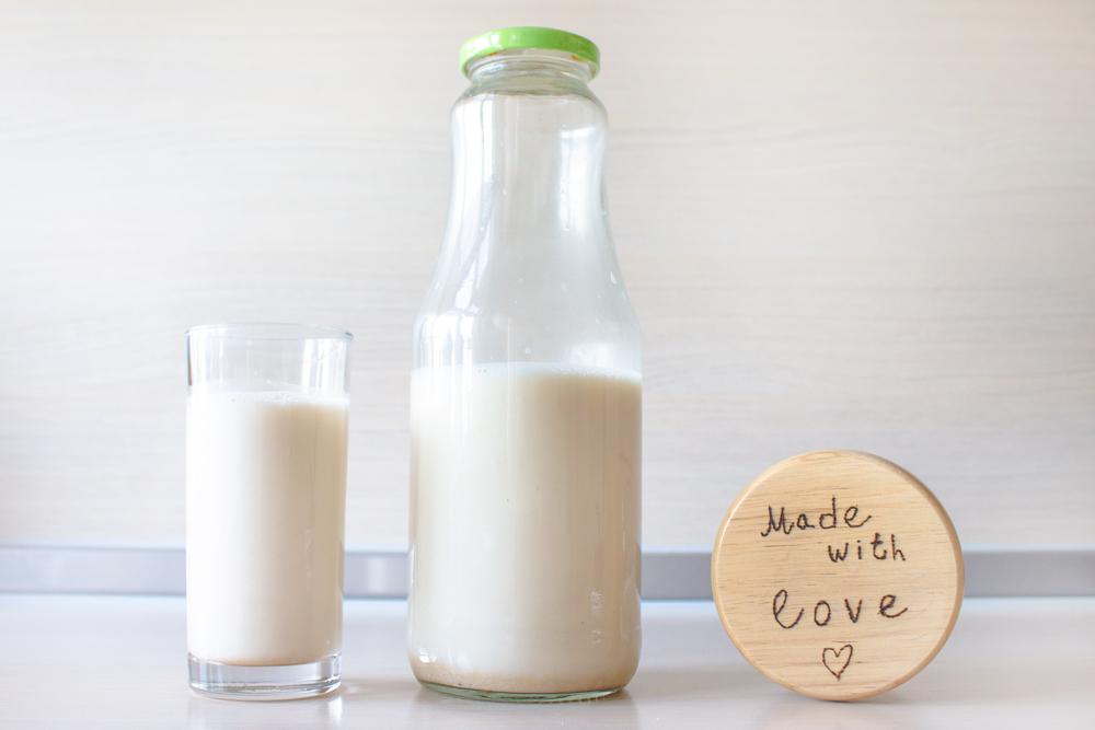 Almond-milk-recipe